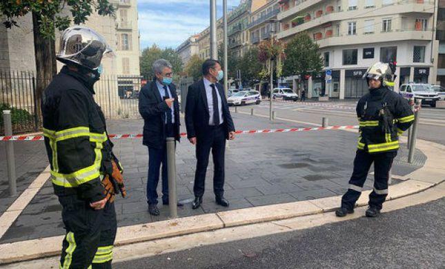 צרפת: כומר נורה ונפצע בעיר ליון, התוקף נמלט