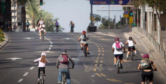 במהלך החג: 239 התעלפו, רוכב אופניים נהרג