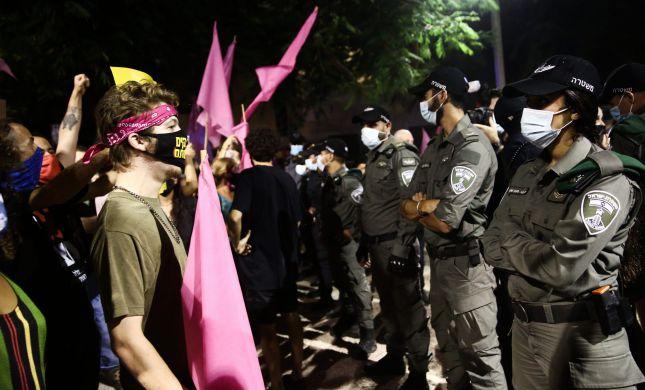 """המחאה נמשכת: עימותים בין שוטרים ומפגינים בת""""א"""