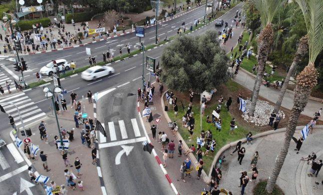 הפגנות נגד נתניהו ברחבי הארץ; מפגינים הותקפו