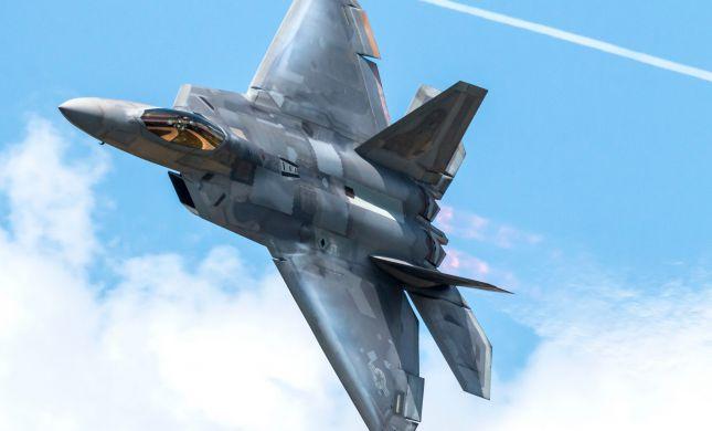 דיווח: טראמפ אישר מכירה של מטוסי F-22 לישראל