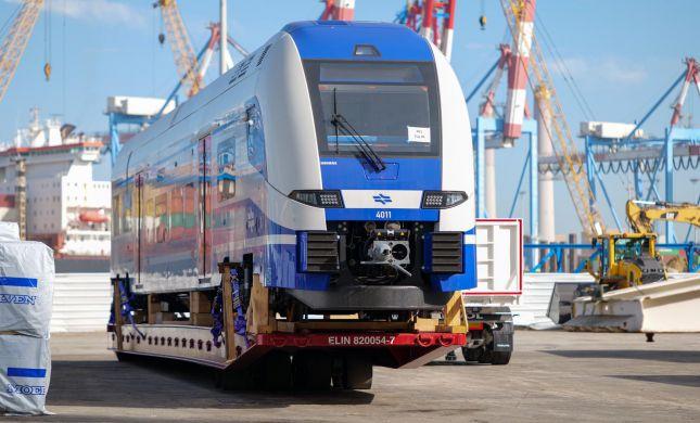 הרכבות החשמליות החדשות הגיעו לישראל