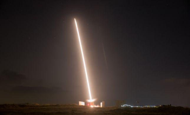 רקטות נורו לאיזור המרכז; רסיסים נפלו בבת ים