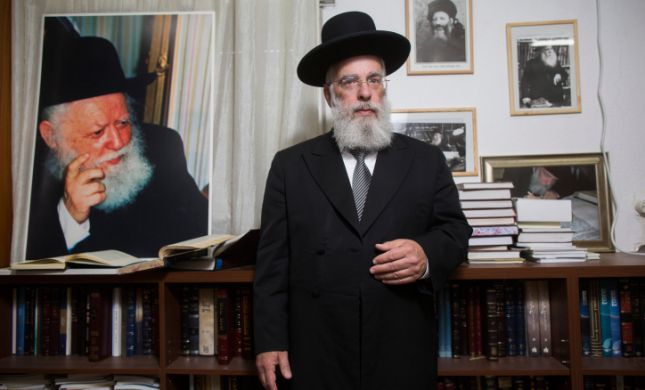 """הרב יעקב שפירא יוצא להגנת אביו: """"לא אשתוק"""""""