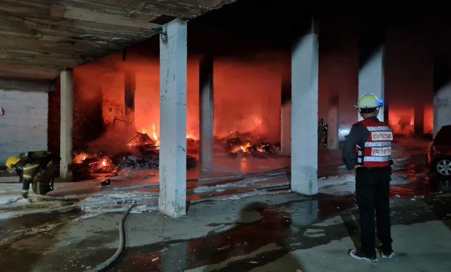 שריפת הענק בירושלים: צפו ברגע חילוץ הילדים