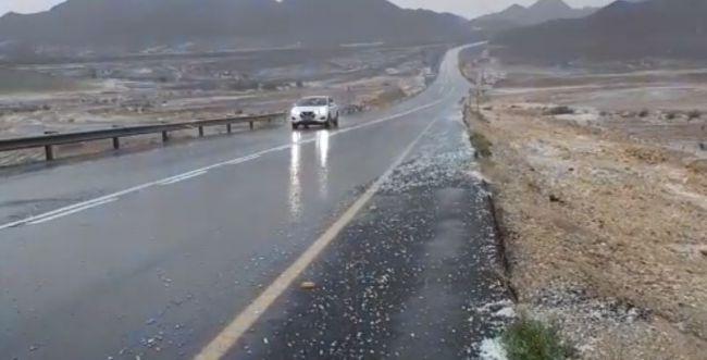 החורף הגיע: גשמים כבדים וברד בדרום. צפו בתיעוד