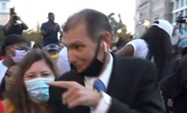 באמצע דיווח: כתב חדשות 13 פצח בריקוד. צפו