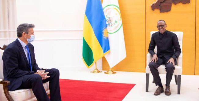 """יועז הנדל ברואנדה: """"ישראל מעריכה את התמיכה"""""""