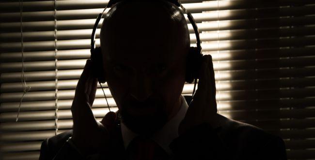 """עו""""ד על הפרשה • תולדות: האזנת סתר במשפט העברי"""