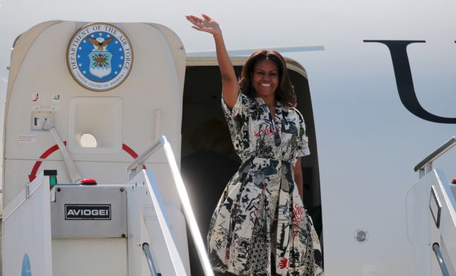 מישל אובמה נזכרת ביום בו פינתה את הדרך למלניה טראמפ