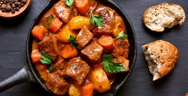 סורגים שבת: כך תכינו תבשיל בשר מפנק וטעים