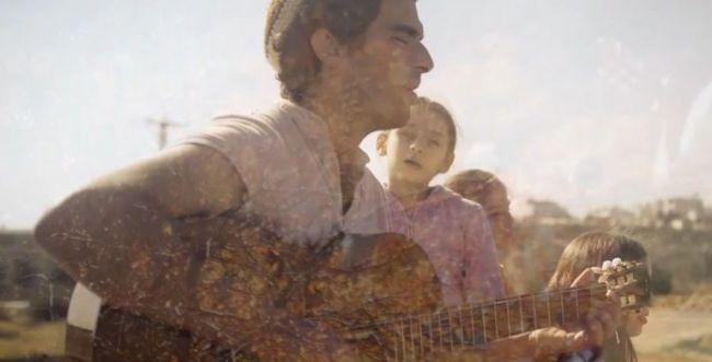 מדהים: שיר גשם של קיפניס בביצוע רב דורי • צפו: