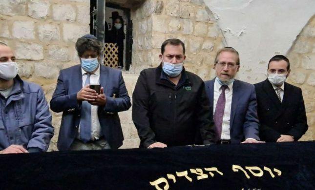 """ח""""כים וחבר פרלמנט צרפתי עלו הלילה לקבר יוסף"""