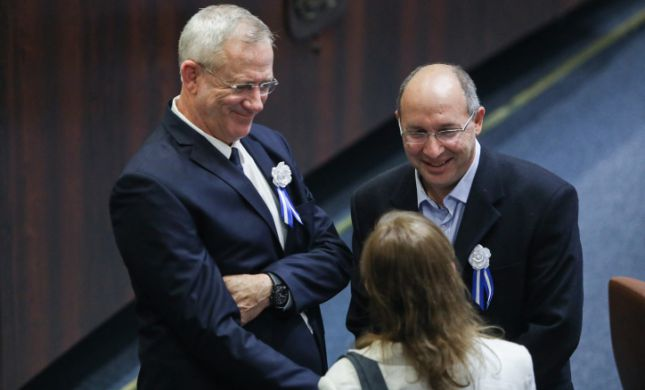 """גנץ מפטר את ניסנקורן: """"בחר בית פוליטי חדש"""""""