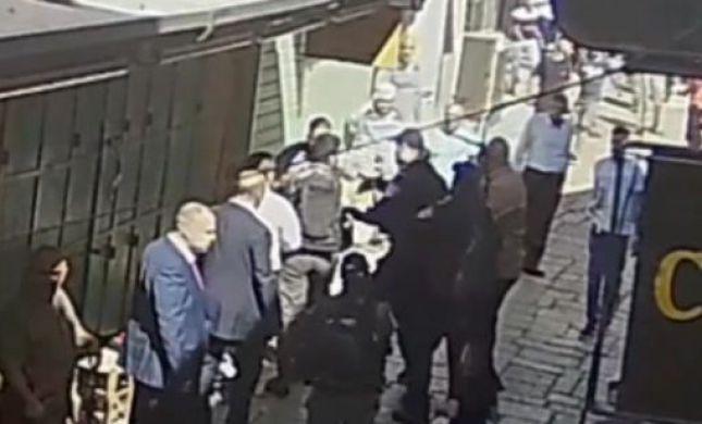 צפו: כך ערבי תקף יהודי בעיר העתיקה