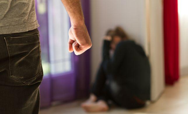כתב אישום: גבר מהשומרון התעלל באשתו 10 שנים