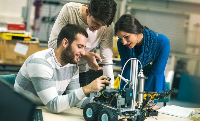 תהנדסו לכם את העתיד: יום פתוח מקוון ללימודי הנדסה