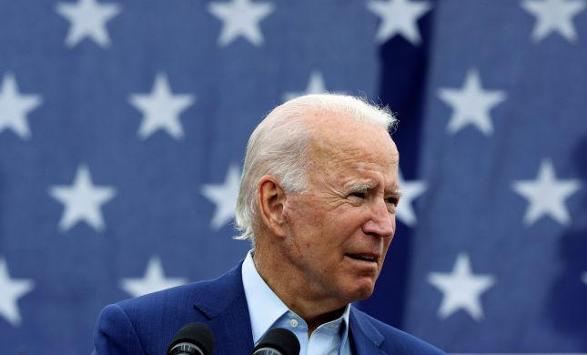 """""""מתחיל לעבוד מיד"""": ביידן הוציא שורת צוים נשיאותיים"""