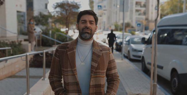 צפו: רותם כהן מסכם את התקופה הקשה בשיר חדש