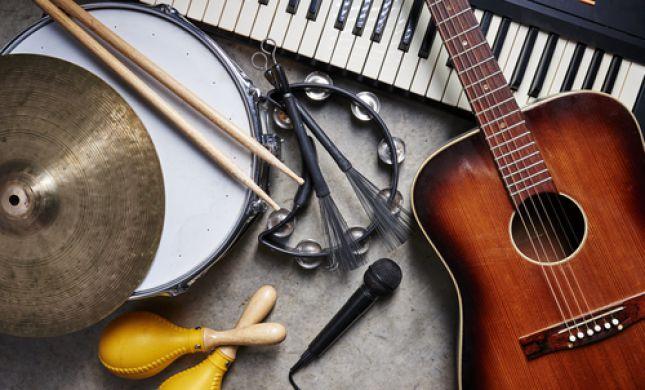 הרב אבינר: שלושה תנאים ליצירת שירים כשרים
