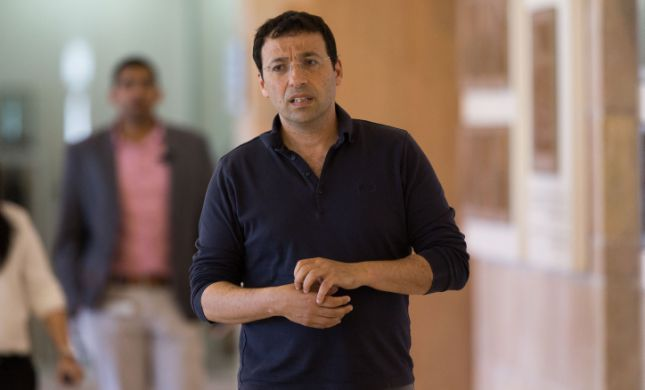 'מנוול; רשע': עיתונאי הימין במתקפה על רביב דרוקר