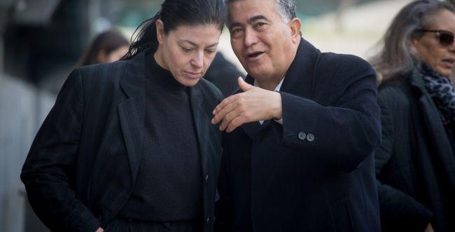 גירושין מכוערים: פרץ מאיים בתביעת דיבה על מיכאלי