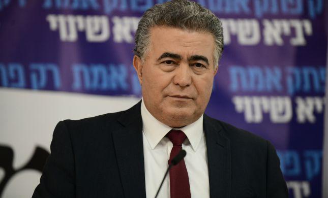 ישאר בממשלה: עמיר פרץ התפטר מהכנסת