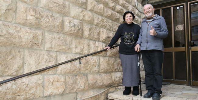 עיריית י-ם בתכנית למניעת נפילות בבתי קשישים
