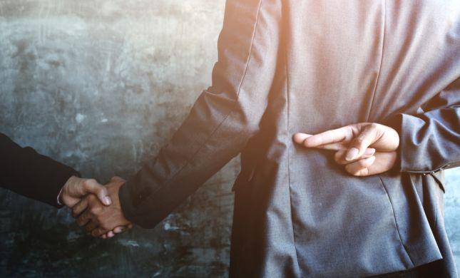 """עו""""ד על הפרשה • בא: על הערמות ופיקציות משפטיות"""