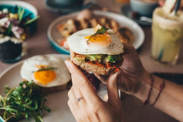 טעים להכיר: 5 דרכים לשדרג את ארוחת הבוקר שלכם