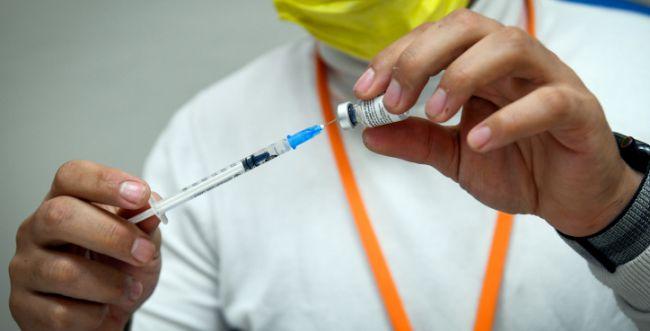 עמית סגל תוקף: החיסונים - פרשת המן של ימינו
