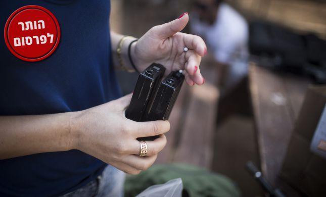 """ישראלים מכרו ברש""""פ רובי אוויר כדי להפוך אותם לנשק"""