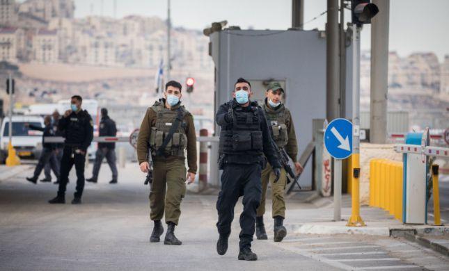 בקרוב: ישראל תחל במבצע חיסונים לפועלים פלסטינים