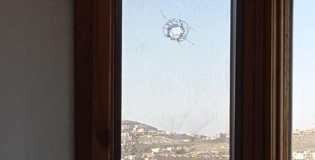 חלון בית ביישוב תקוע נפגע מירי במהלך השבת
