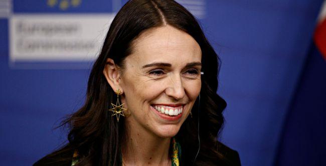 צעצוע של סיפור: ראש ממשלת ניו זילנד חושפת צד רגיש