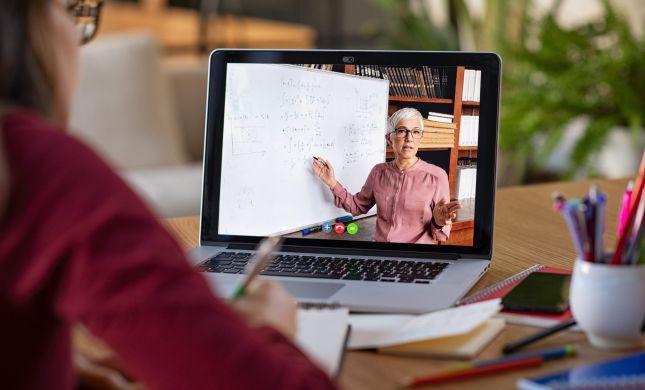 האם המורים עובדים יותר או פחות בתקופת הקורונה?