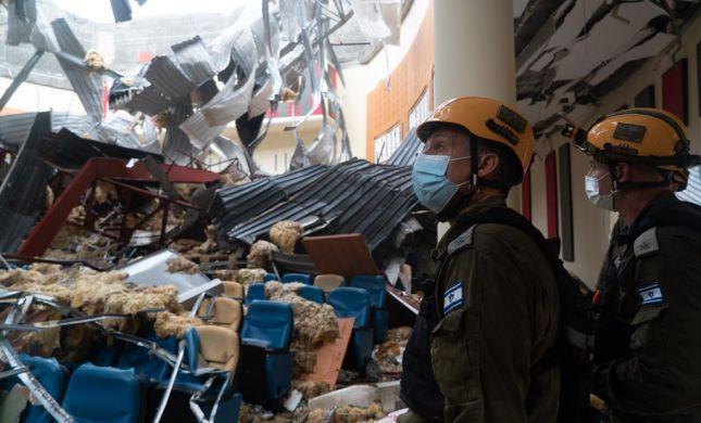 """צפו: הרמטכ""""ל בשיחה עם צוות הסיוע בגינאה המשוונית"""