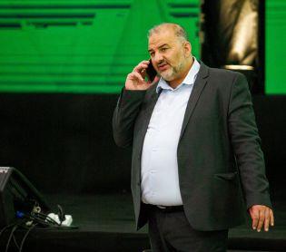 חדשות, חדשות פוליטי מדיני, מבזקים ממשלת בנט-לפיד: הדרישות החדשות של מנסור עבאס