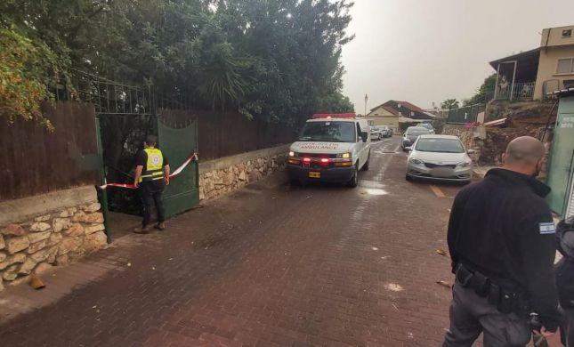 רצח בנשר: עורך דין כבן 70 נדקר בפתח ביתו