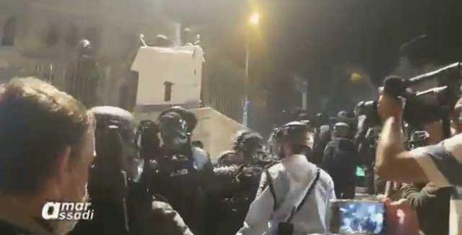 צפו: עוד לילה של עימותים קשים בשער שכם