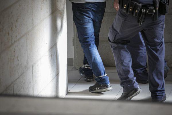 המשטרה: בן 59 אנס קטינה בת 7 בקריות