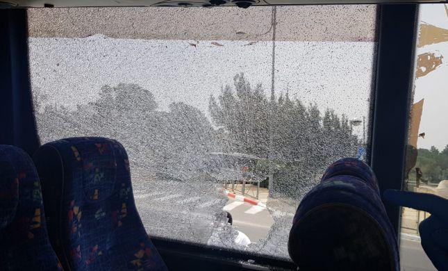 הטרור והמתקפות ממשיכים: אוטובוס הותקף בהר הזיתים