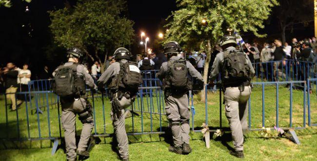 עימותים אלימים סביב שער שכם בירושלים