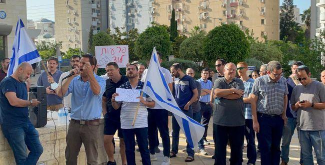 פרעות לוד: עשרות הגיעו לדרוש את שחרור העצורים