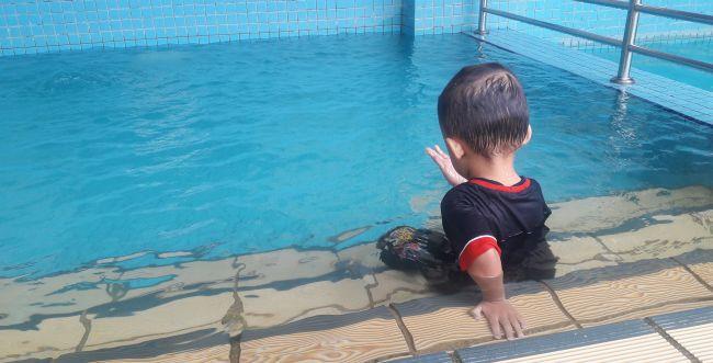 2 ילדים טבעו בבריכה בפתח תקווה. נפתחה חקירה