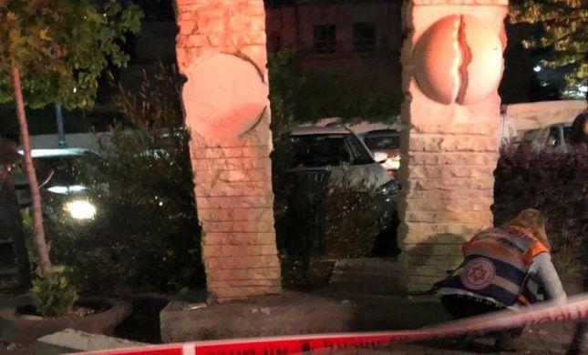 אסון במעלות: נער נהרג מפסל בטון שנפל עליו