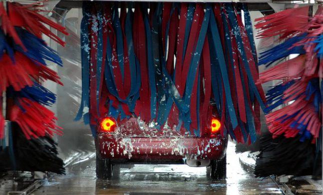 שטיפת רכב חשמלי? ברור שאפשר!