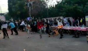 חדשות, חדשות צבא ובטחון, מבזקים צפו: עשרות ערבים תקפו את לשכתו של בן גביר
