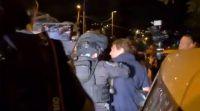 חדשות טלוויזיה, טלוויזיה ורדיו, מבזקים כתב חדשות 12 הותקף על ידי שוטרים בירושלים. צפו