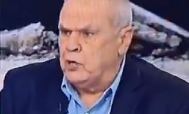 רוני דניאל הטיח בדנה ויס: 'אל תטיפי מוסר; תשתי מים'